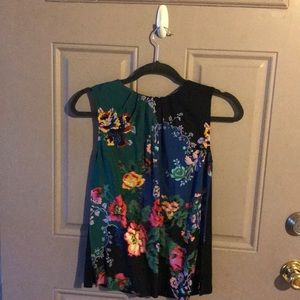 Anthropology short sleeved top new with tags